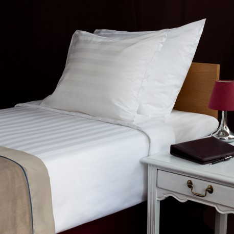 Bed sheet 180*270 cm satin stripe 3 cm