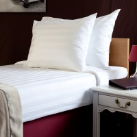 Bed sheet 180*270 cm, satin (no stripe)