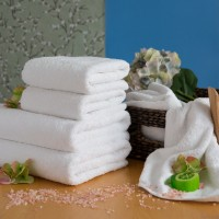 Terry towel LUX 75*150 cm white, 550 g/m2