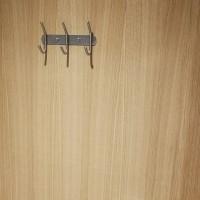 Вешалка с 3 длинными крючками