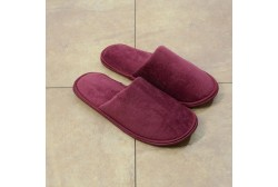 Women red terry slipper closed toe